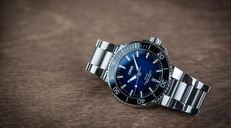 Oris Aquis 43.5mm with a sunburst blue dial on its stock bracelet