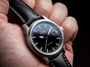 The 38.5mm case on the Sinn 556 is the perfect size for a lot of wrists