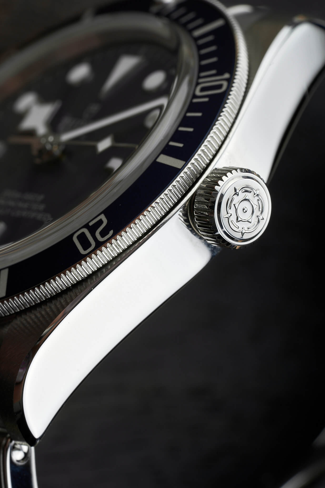 Tudor-Black-Bay-58-Navy-Blue-M79030b-32