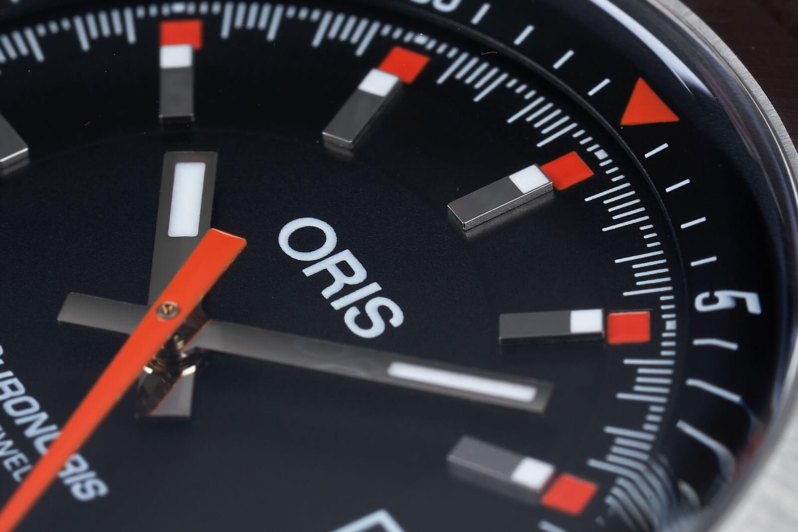 Oris-ChronOris-Date-0-19