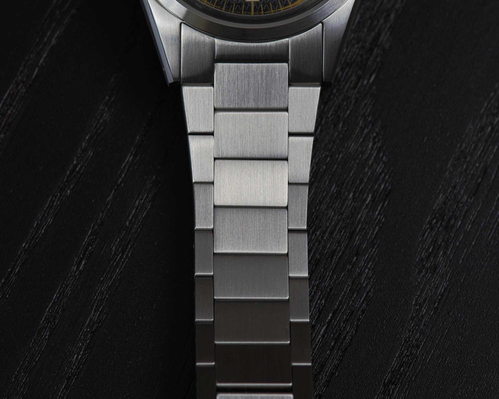 lorier-falcon-series-ii-10