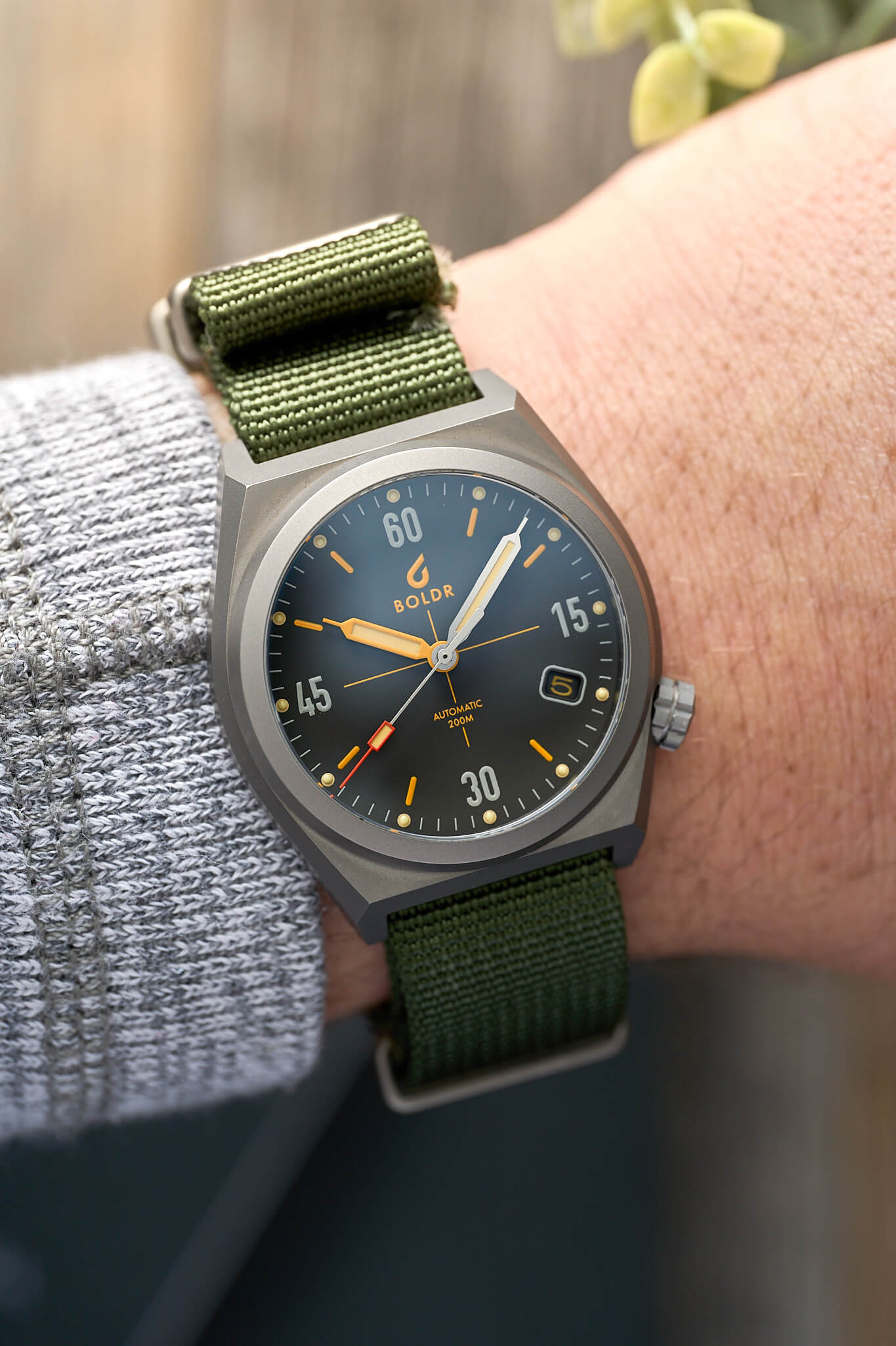 boldr-venture-worn-and-wound-6