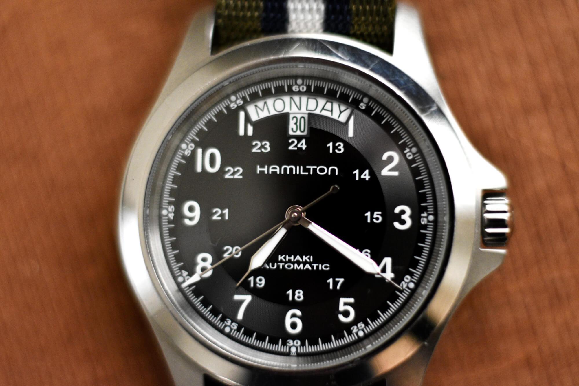 Khaki-King-Closeup-field-watch